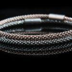 Comment adopter un style Casual chic avec le bracelet en perle pour homme?
